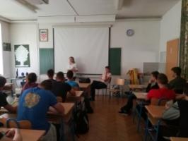Javna ustanova Park prirode Velebit organizirala je predavanje u Srednjoj školi Otočac te u Knjižnici i čitaonici Gračac